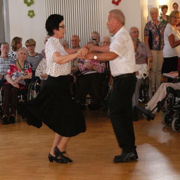 14. Tanztee im St. Josefs-Haus in Albersloh
